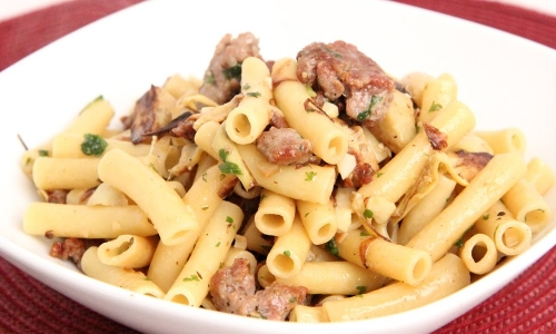 Pasta with Sausage and Artichoke Hearts