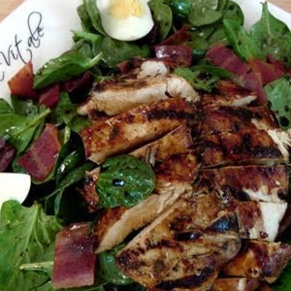 Spinach and Grilled Chicken Salad