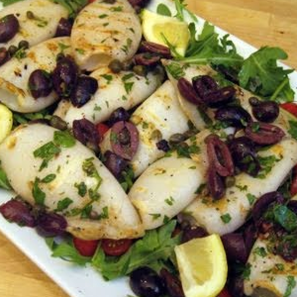 Grilled Calamari Salad