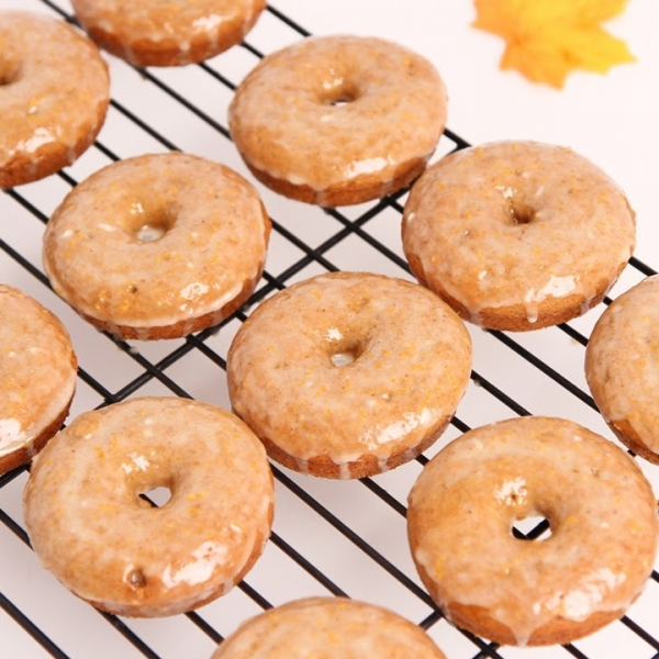 Apple Cider Spiced Doughnuts