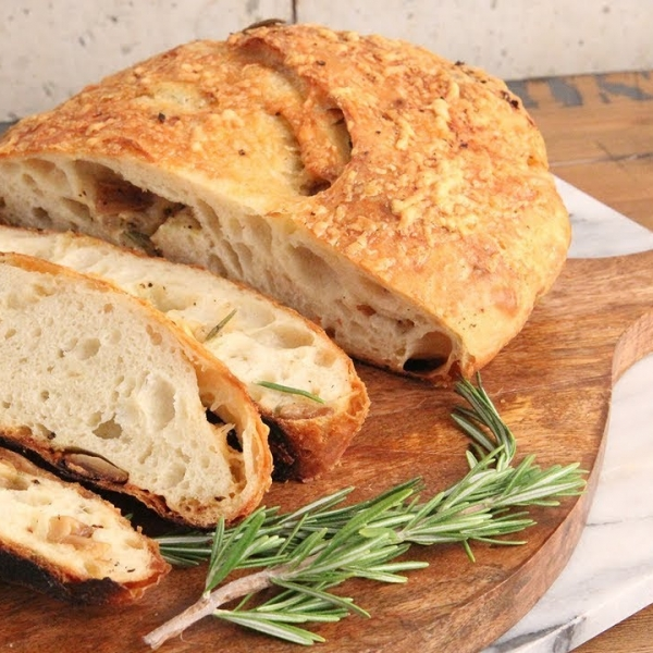 Asiago and Roasted Garlic Rustic Bread