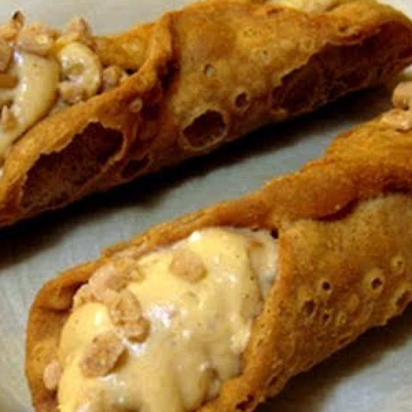 Butterscotch Cannoli