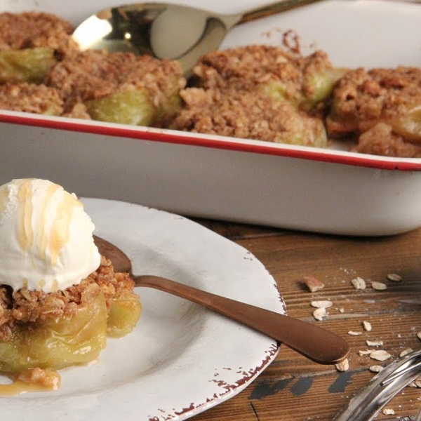 Crispy Topped Baked Apples