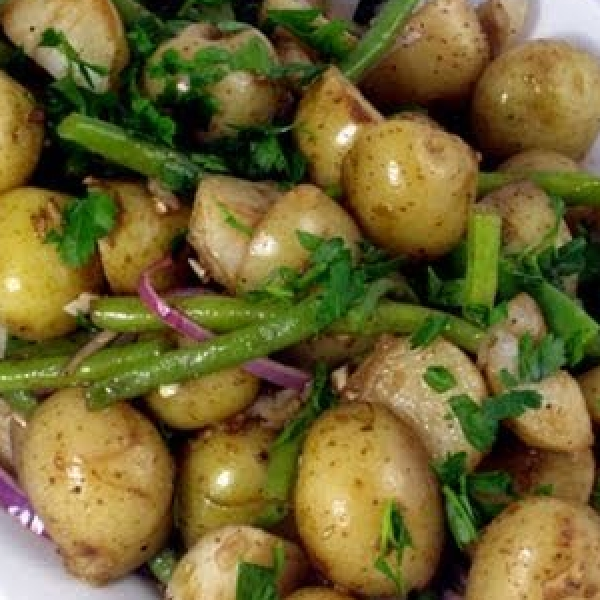 Potato Green Bean & Red Onion Salad
